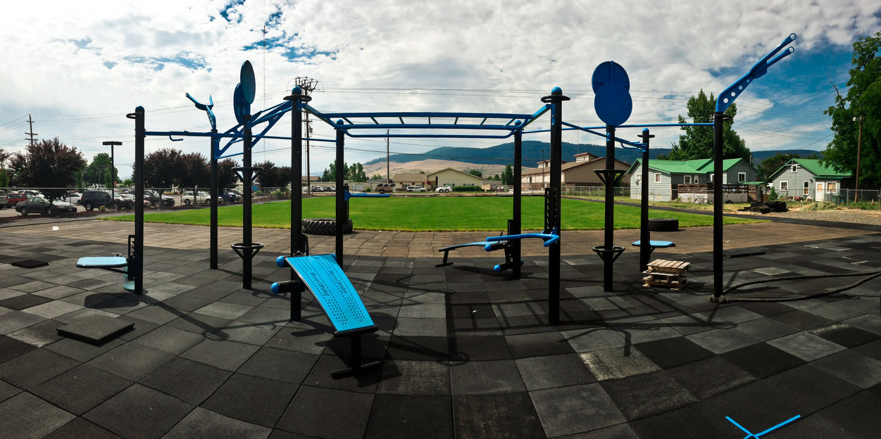 outdoor fitness park mountain valley fitness health. Black Bedroom Furniture Sets. Home Design Ideas